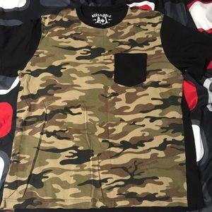 Camo shirt size medium